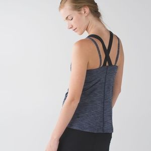 Lululemon Run for Gold Tank Silverescent Navy EUC